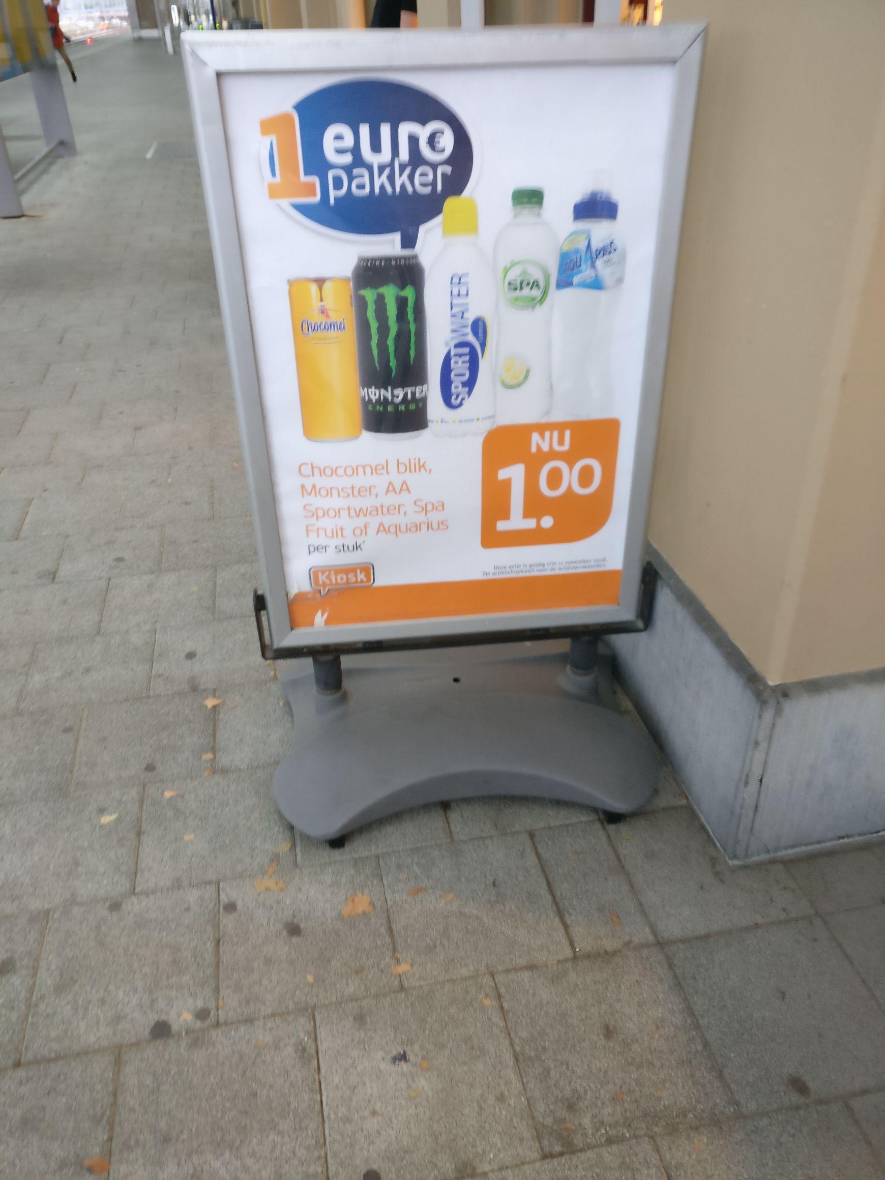 KIOSK meerdere grote stations gekoeld. o.a 0.5L Monster energy €1.00